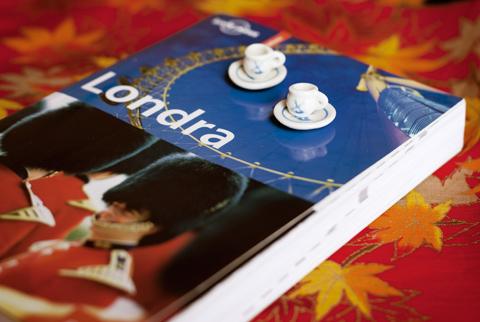 A Londra è sempre l'ora del tè!
