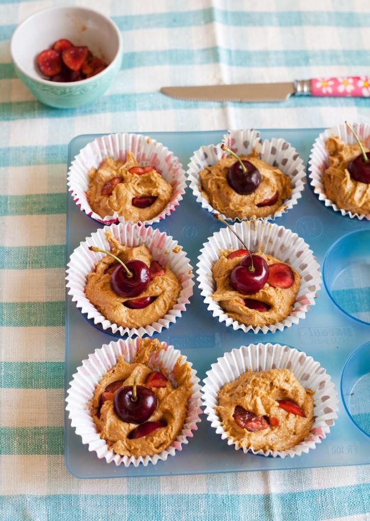 Tortine al farro con ciliegie