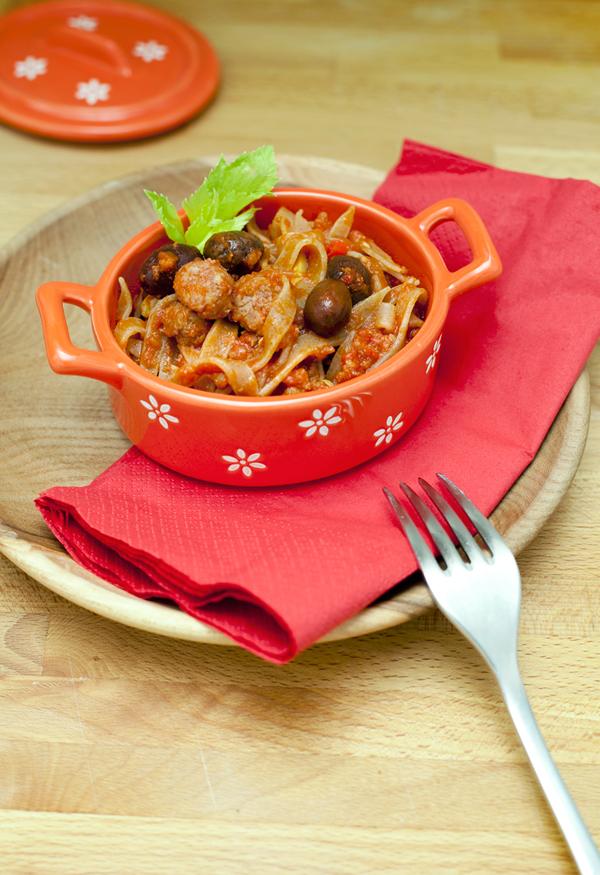 Maltagliati con salsiccia e olive Taggiasche
