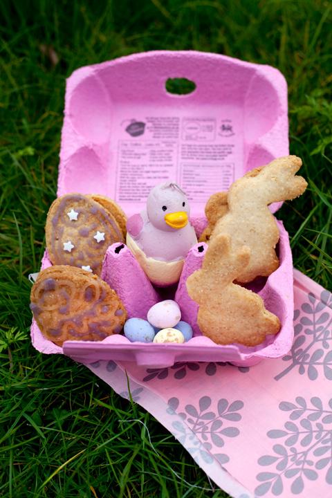 Easter cookies: biscotti pasquali alla mandorla e limone