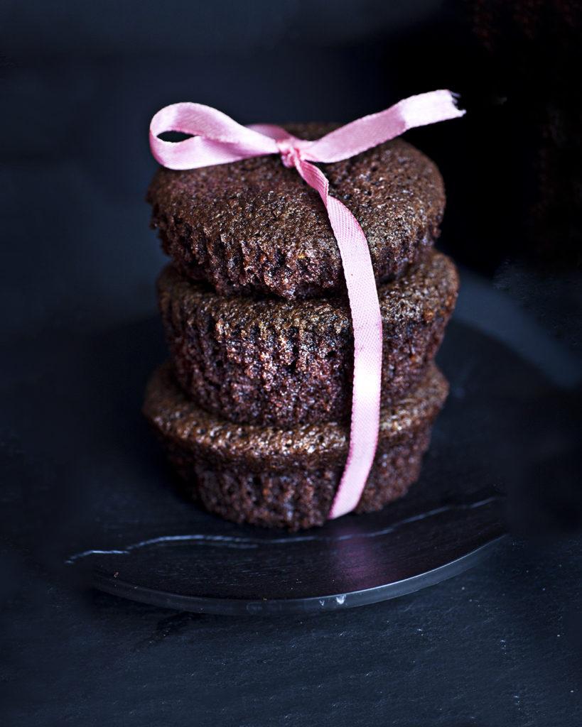 Chocolate and olive oil little cakes by Nigella – Tortine al cioccolato e olio d'oliva da Nigelissima